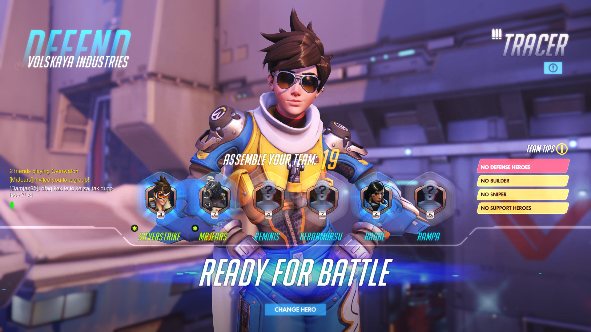 A screenshot of the pre-game phase. As you can see, character models — you see Tracer here — look great, and the typography looks great as well.